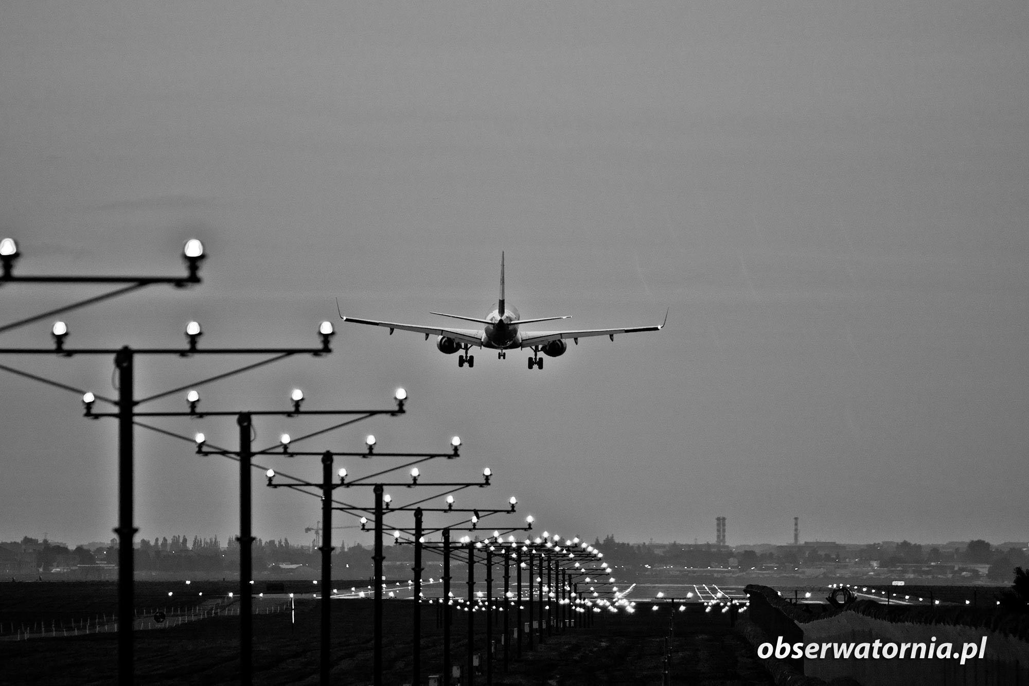 Lotnisko Okęcie, Warszawa