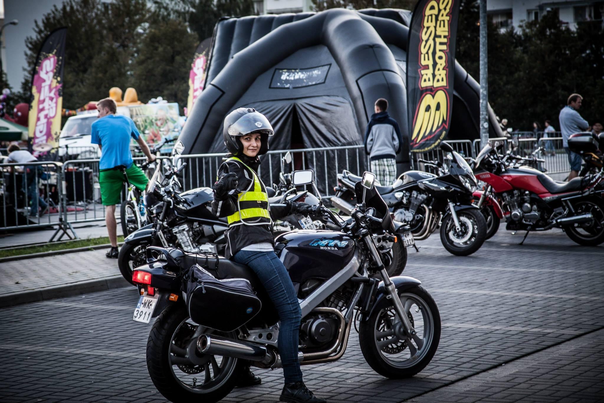 Seksizm w świecie sportu i motoryzacji – wywiad na motocaina.pl